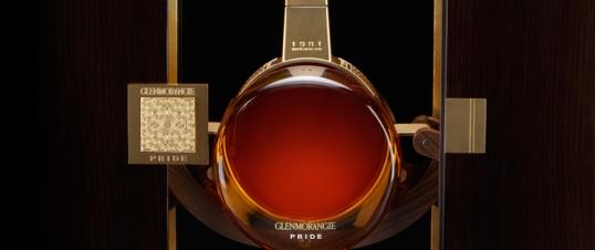 Pride es un whisky resultado de mezclar aroma de Burdeos con sabor escocés