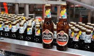 La cerveza es Estrella Galicia pero la imagen es Galicia Caníbal, ¿rebelde o no?